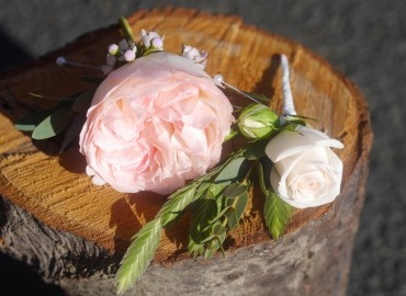 Buttonhole flowers