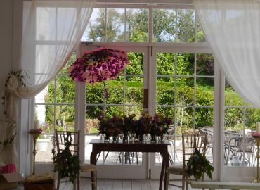 Ceremony room flowers
