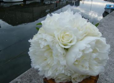 Flowergirl's peony bouquet