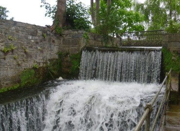 The famous waterfall