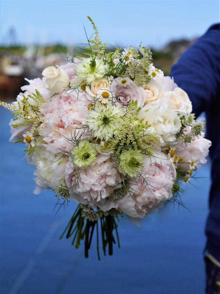 Peony summer bride bouquet