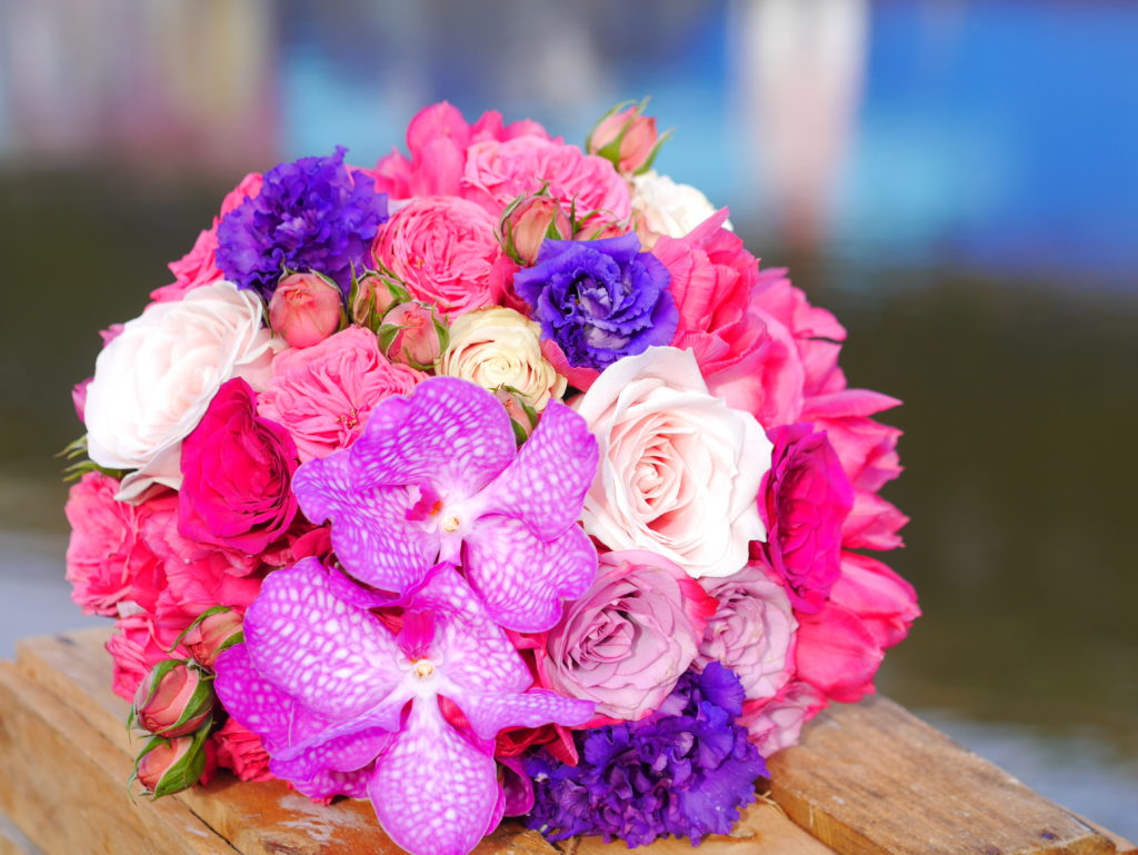 Jewel colours bouquet